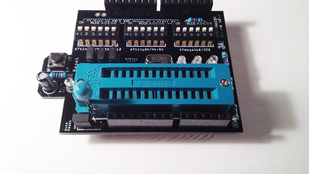 628.jpg.620x349 q85 crop smart The TinyLoadr Shield Programs AVRs From Your Arduino